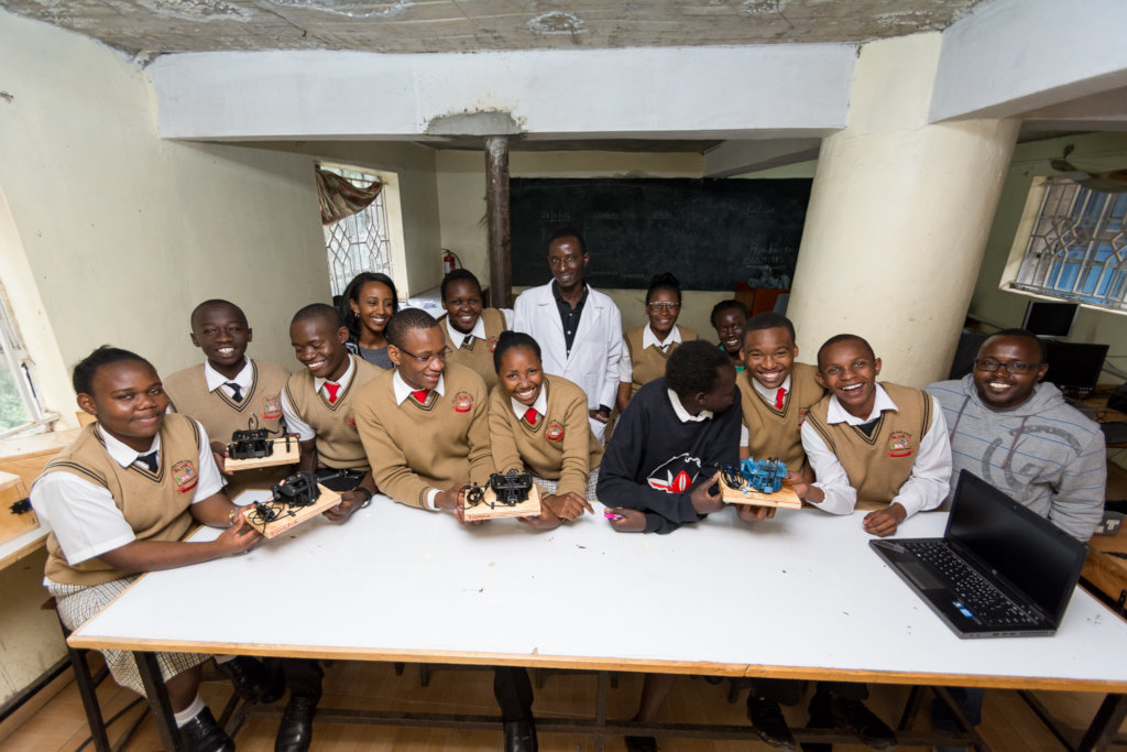 Digital Blacksmiths Kenya - 3D printing from trash