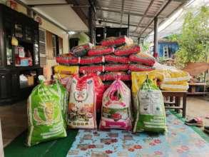 450kg of rice lasts just 1 week!