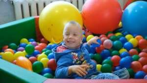 Viktor, 6 years