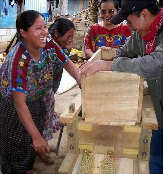 3,000 Guatemalan Farmers Graduate from Poverty