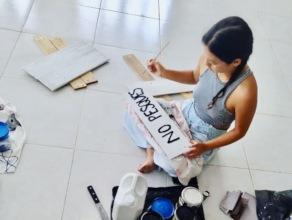 Artist at work during workshop Pta Arena