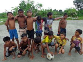 Kawra children playing