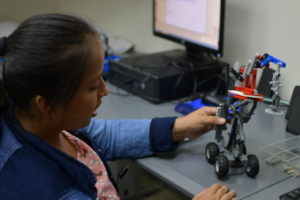 Hands-on, practical learning of robotics
