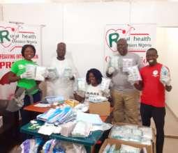 Lifesaving Kits Volunteers
