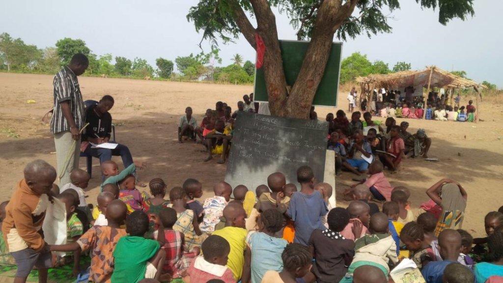 Emergency Classes For 500 IDP Children in Nigeria