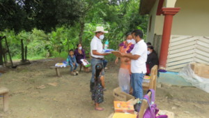 Families receiving hygiene and health products