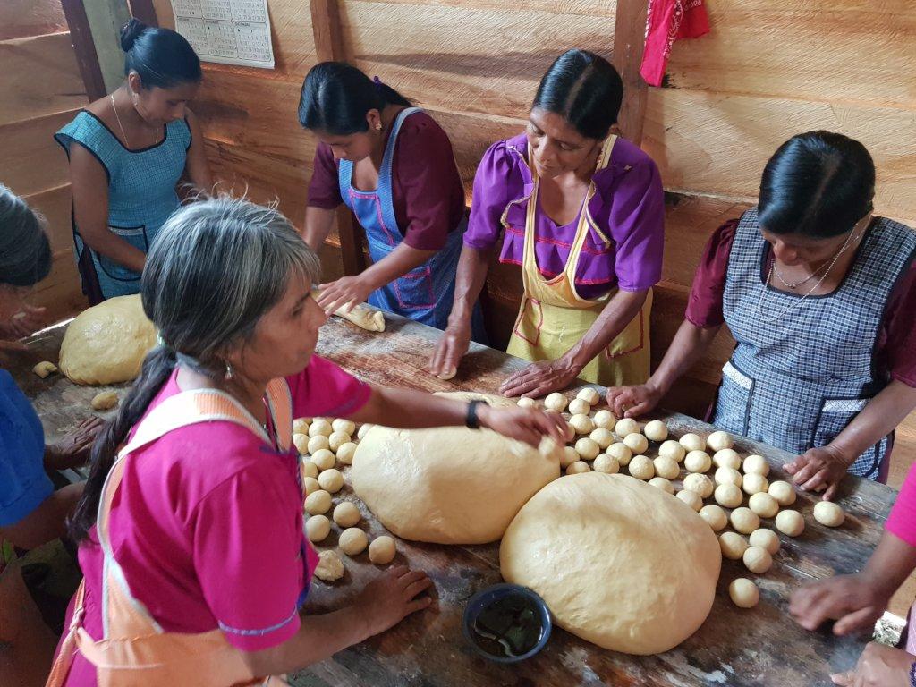 Help feed 168 tseltal children in Chiapas