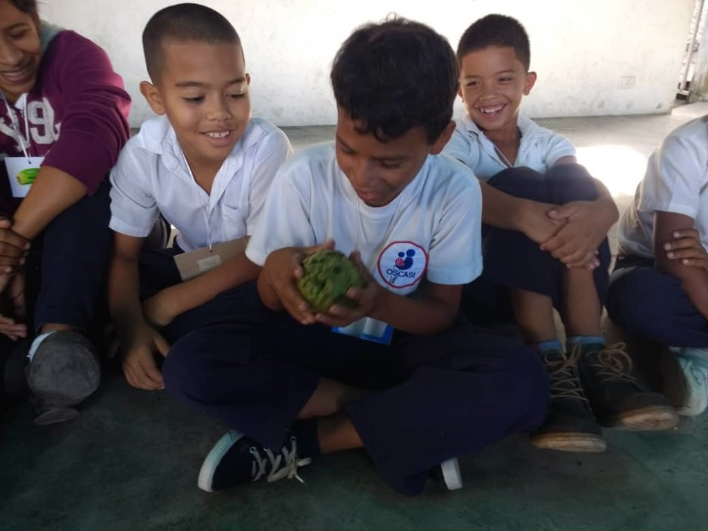 Nutrition & health for 150 kids Petare, Venezuela