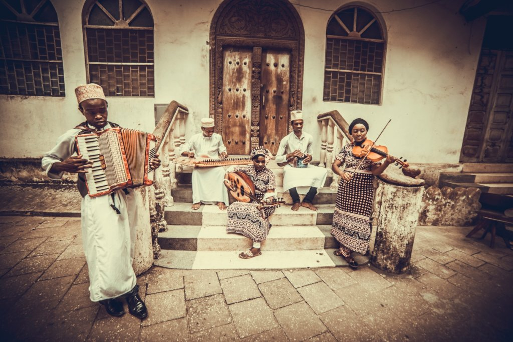 Change lives in Zanzibar through music