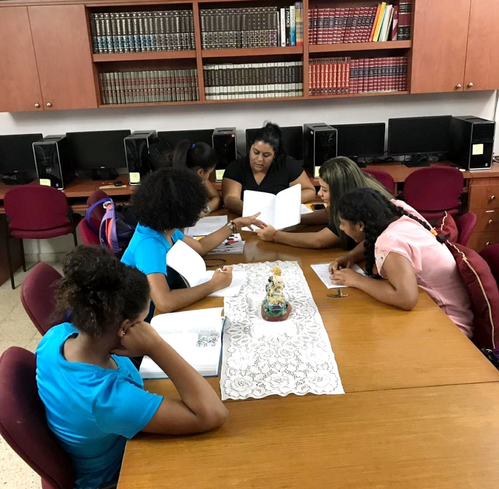 Empowering Foster Girls and Teens in Puerto Rico