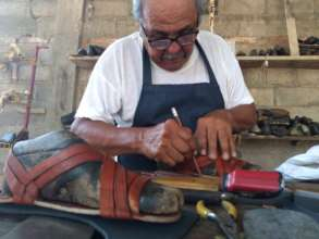 Don German, the last huarachero of Ixtaltepec