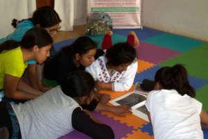 Women scholars in photography workshop