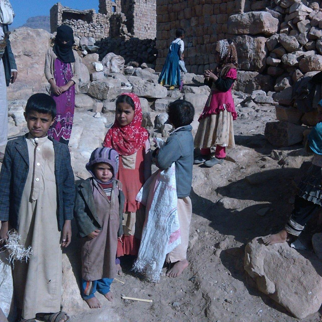 Blankets for vulnerable yemeni families