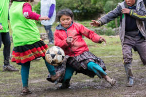 Kick Off : Playing, Learning, Growing