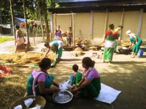 Women working with mushroom for sale in market