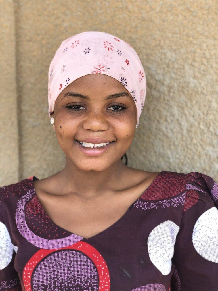 Send 40 Girls in Niger to Secondary School