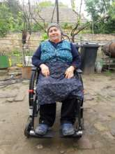 Ms. Silvia can go out in her new wheelchair