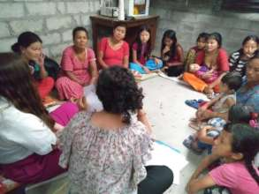 Health and hygiene training at a carpet factory