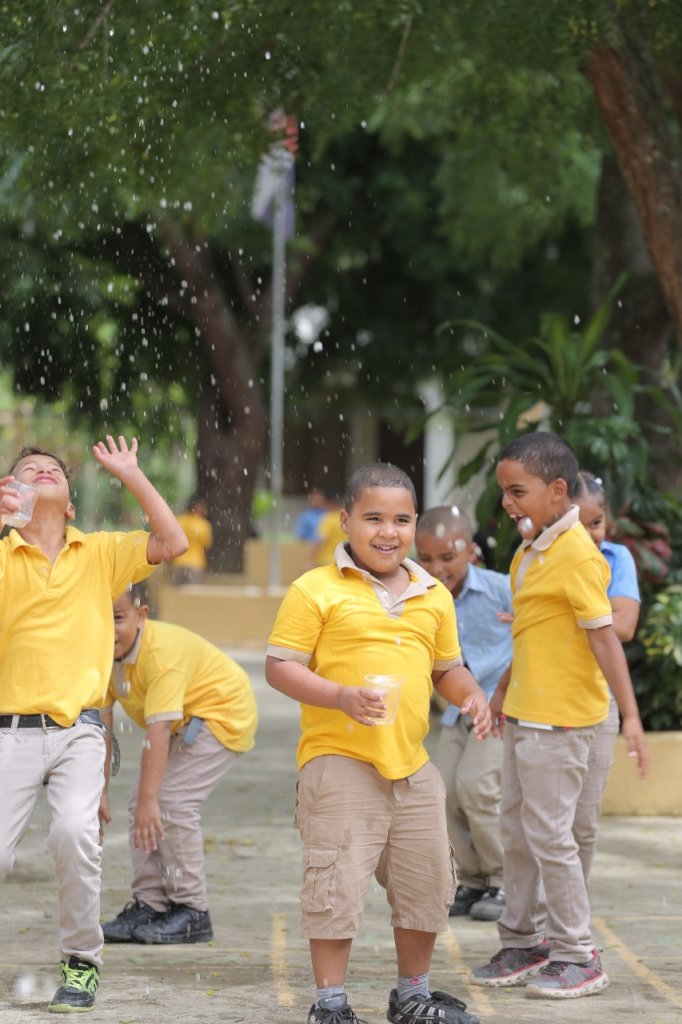 Clean Water for Dominican & Kenyan Communities