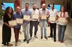Volunteers receive recognition certificates