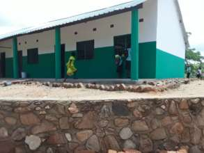 The outside of the 4th classroom