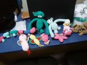 Toys produced by the knitting group