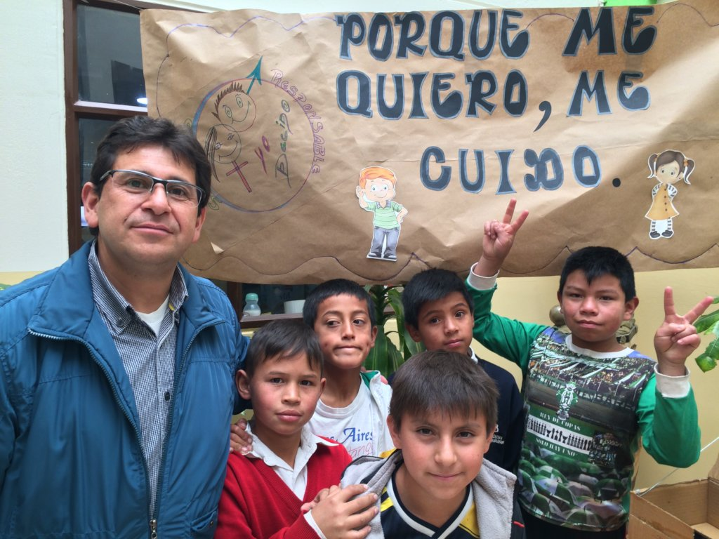 Empower 40 Colombian kids in extreme poverty