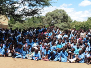 River View School has 1,250 pupils