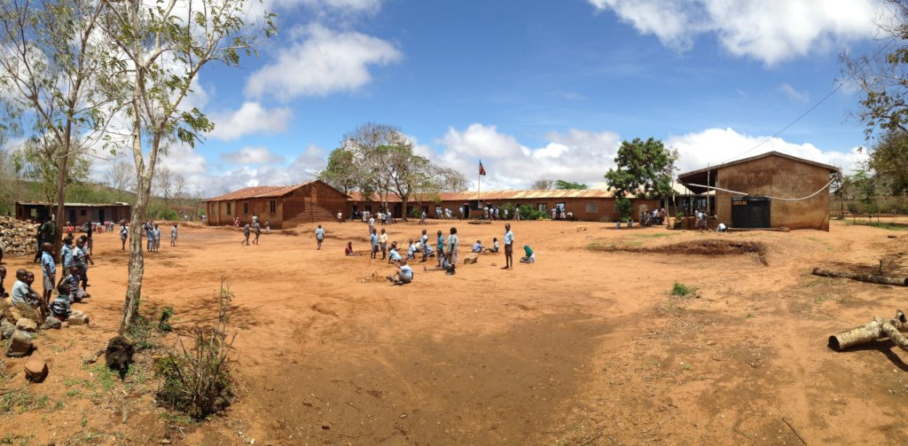 A new school for 500+ pupils in rural Kenya
