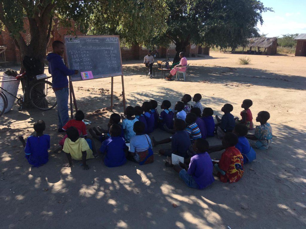 Give 171 children a classroom in Malawi