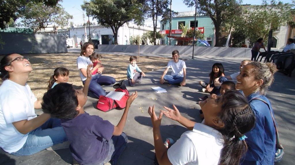 Educate 80 street working children in Guadalajara!