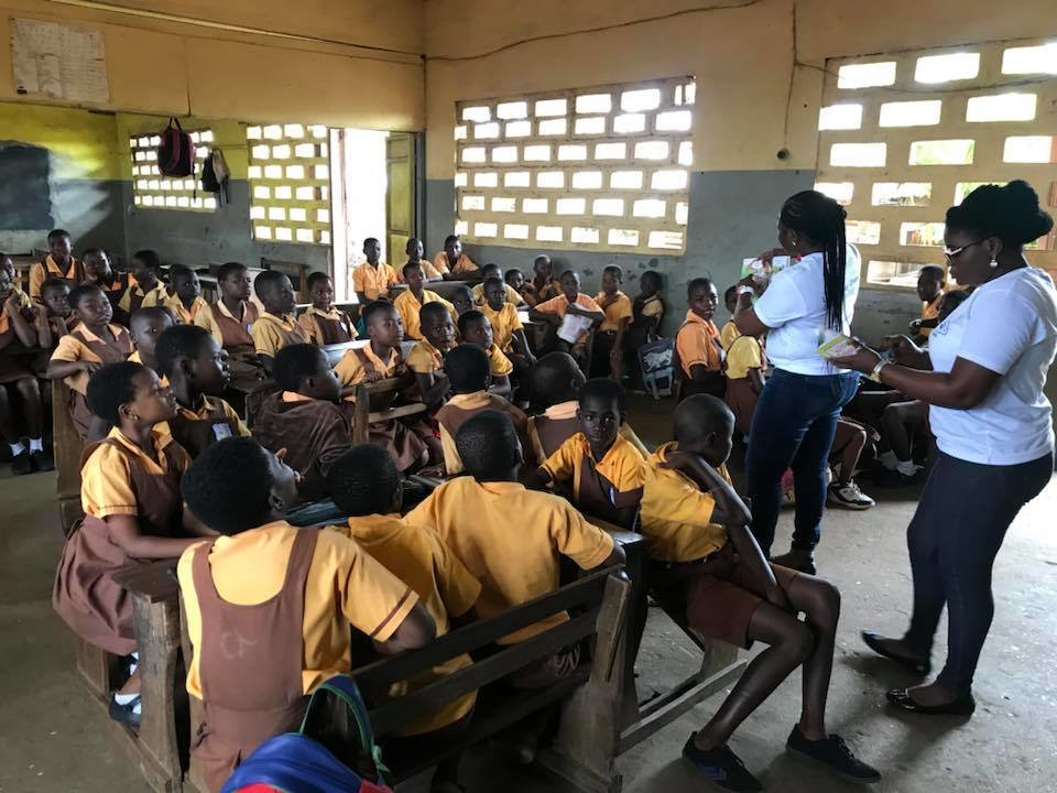 Develop reading skills of 500 children in Ayawaso