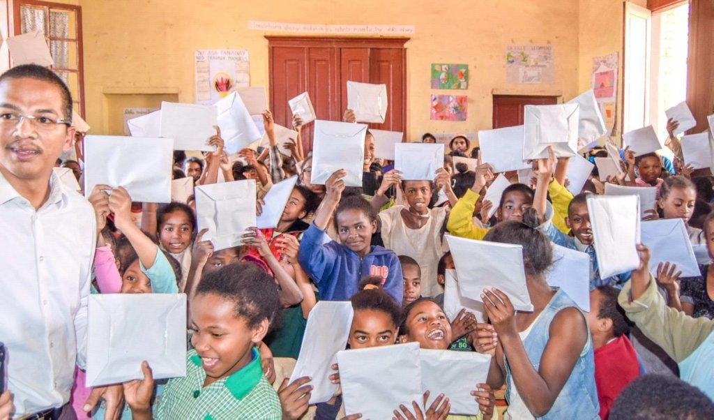 Personal development to 2000 disadvantaged malagas
