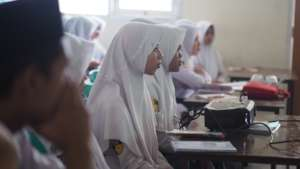 English Skills for 10,000 Indonesian Youths