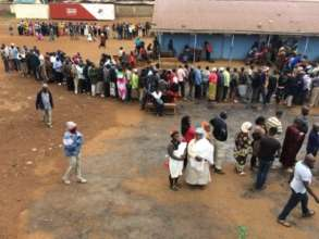 Kenyans in line to vote on election day