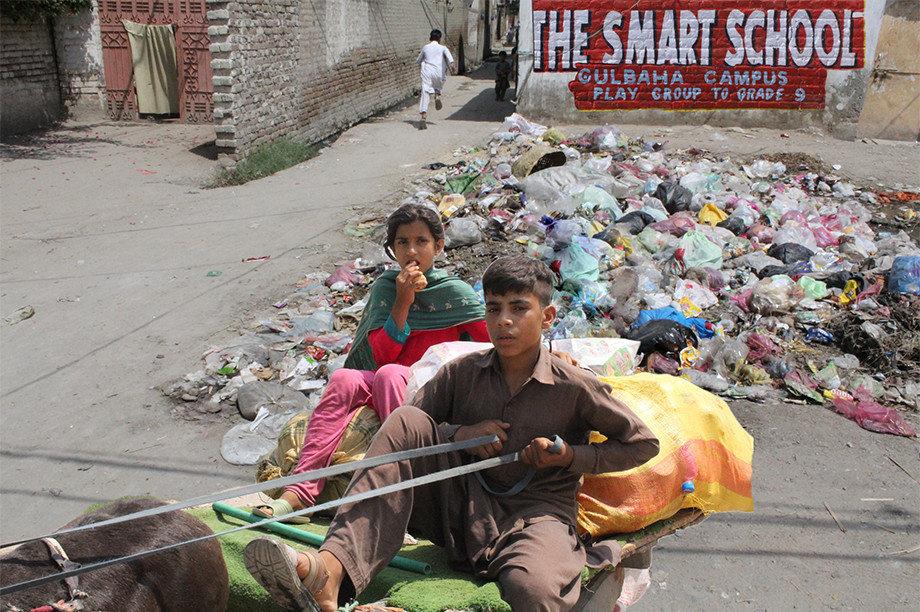 50 street children resume school in rural Pakistan