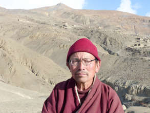 Lama Karma Dhondup was the school founder in 1999