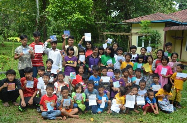 Sending Letters to Orphans Worldwide