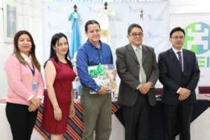 The Guatemalan Ombudsman presented the award
