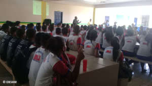 Meeting on fire awareness in a public school