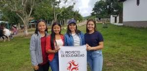 Several Coa Abajo Youth Leaders