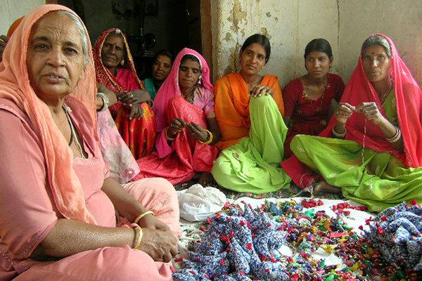 Create Livelihoods for 2000 Women in Rural India!