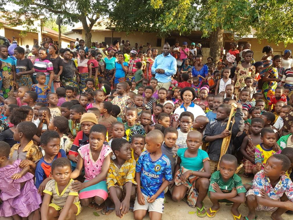 HELP 2000 UGANDAN DISADVANTAGED CHILDREN LEARN