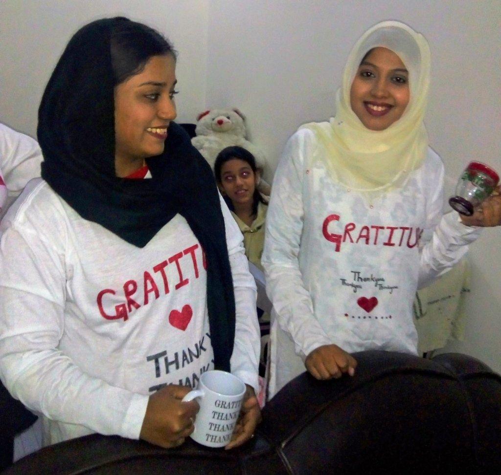 help 20 Pakistani Girls for Professional education