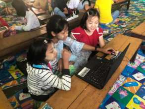 School children use MyLibrary in Kayin State