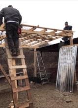 cooperation between volunteer and romanian worker