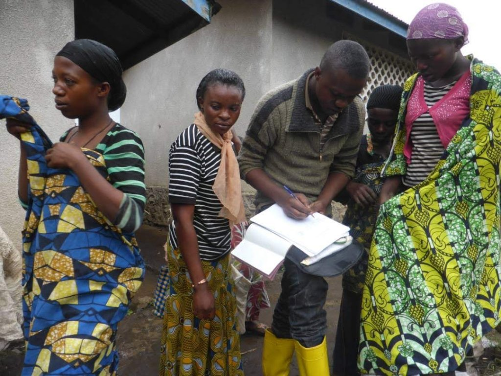 Build economic resilience for women in eastern DRC