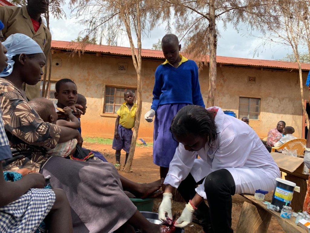 Support 1000 Aligula Villagers eradicate Jiggers