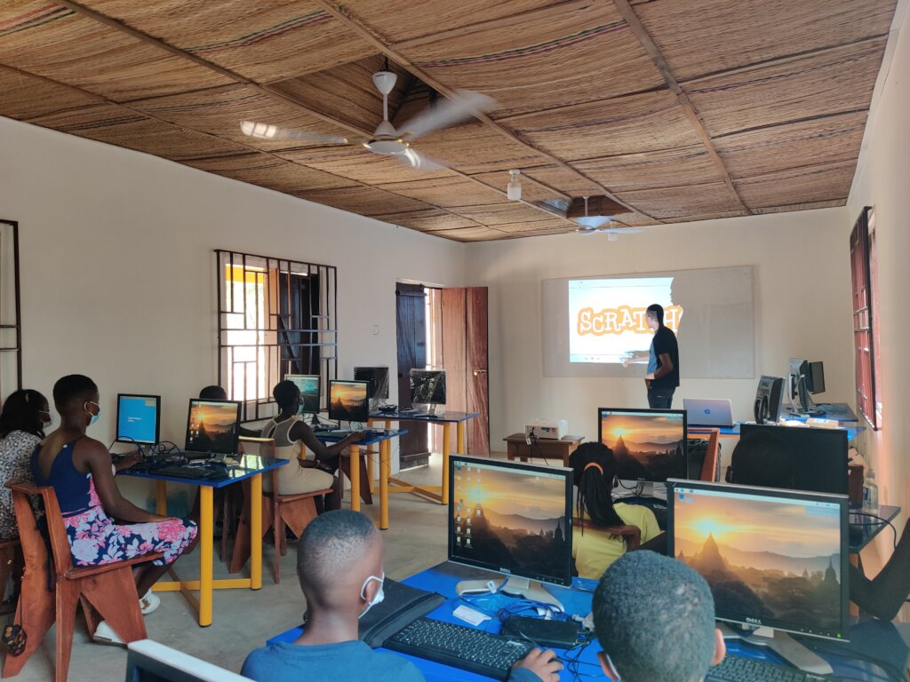 Empower 100 students with vital IT skills in Ghana