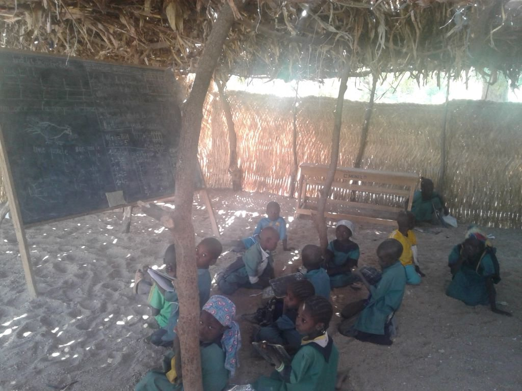 School Return for 2500 idp and refugees inCameroon